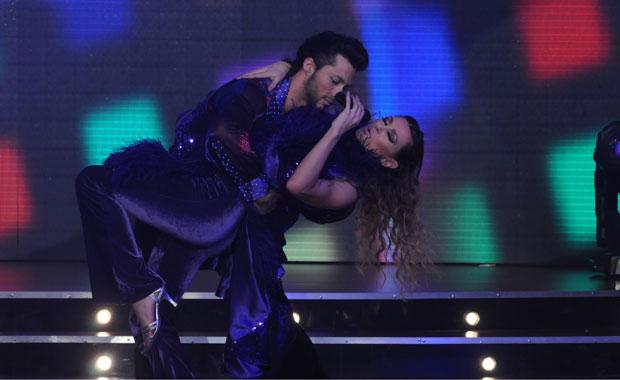 El baile de Coki Ramírez en la ronda de disco