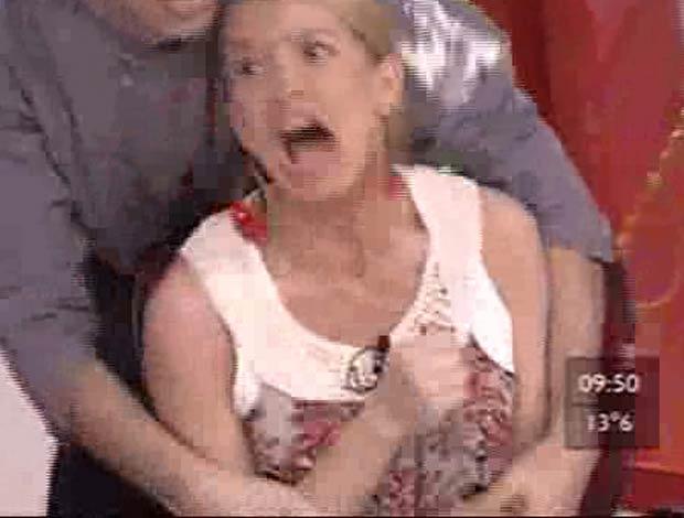 La increíble reacción de Dallys Ferreira frente a las cosquillas