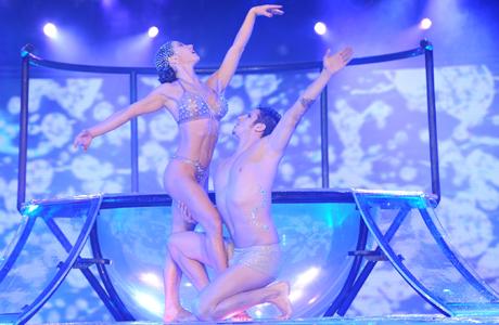El impresionante Aquadance de Adabel Guerrero