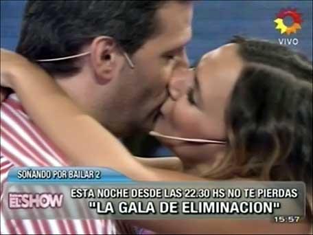 José María Listorti le comió la boca a Amalia Granata