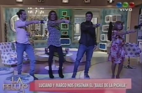 Luciano Cáceres y Marco Antonio Caponi enseñaron el  Baile de la pichila de Graduados