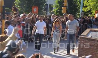 Lady Gaga saluda a sus fans en Argentina