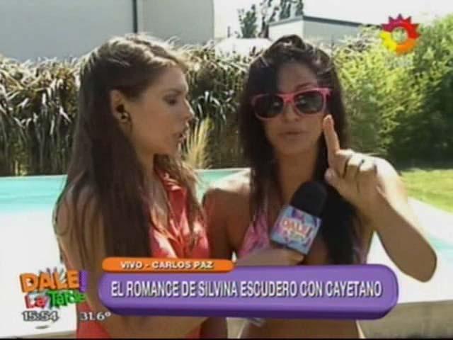 Silvina Escudero: romance con Cayetano e increíble blooper con tres perros