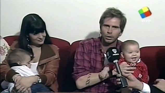 Sebastián  Pollo  Vignolo, antes de su primer Día del Padre presentó a sus mellizos en Intrusos
