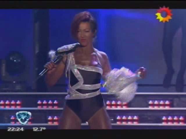 El impecable videoclip de Miriam Lanzoni como Rihanna