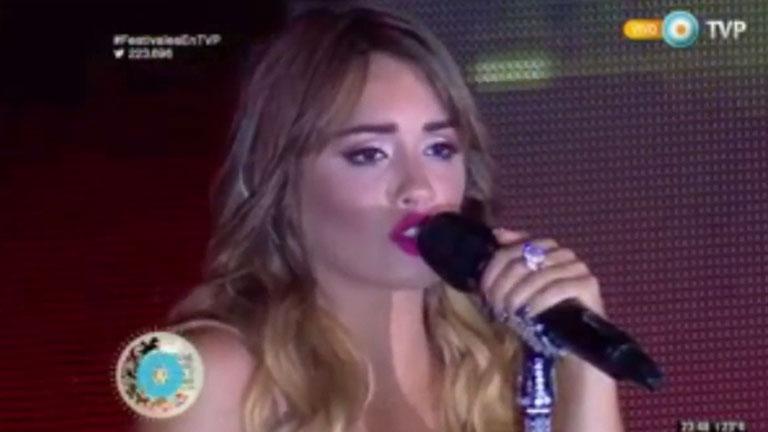 Lali Espósito cantó tres temas en inglés en el Festival de Jesús María