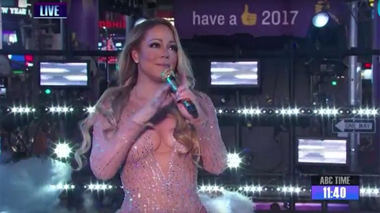 El papelón de Mariah Carey con el playback durante un show en vivo
