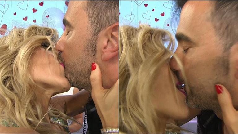 ¡Fede Hoppe y Maca Rinaldi se comieron la boca en vivo!