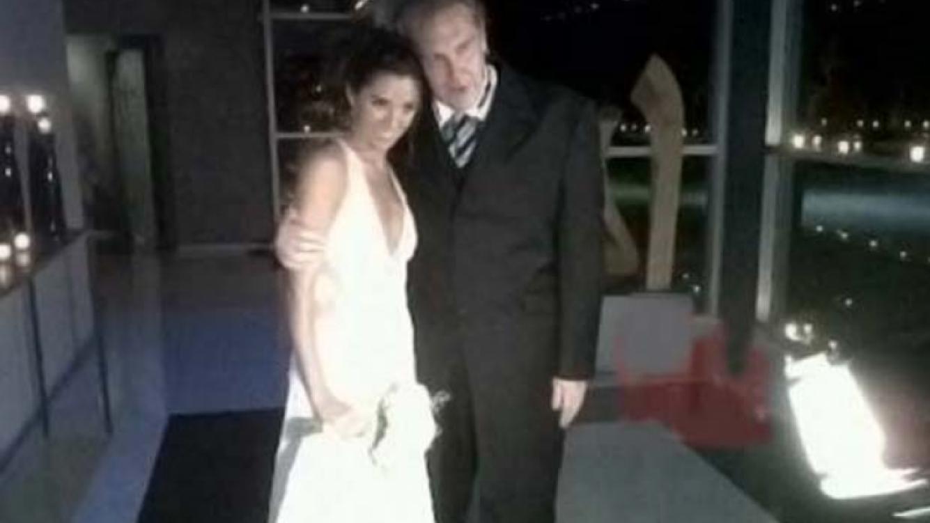 Carmela Carey y Gonzalo Bonadeo, flamantes esposos. (Foto: Web)