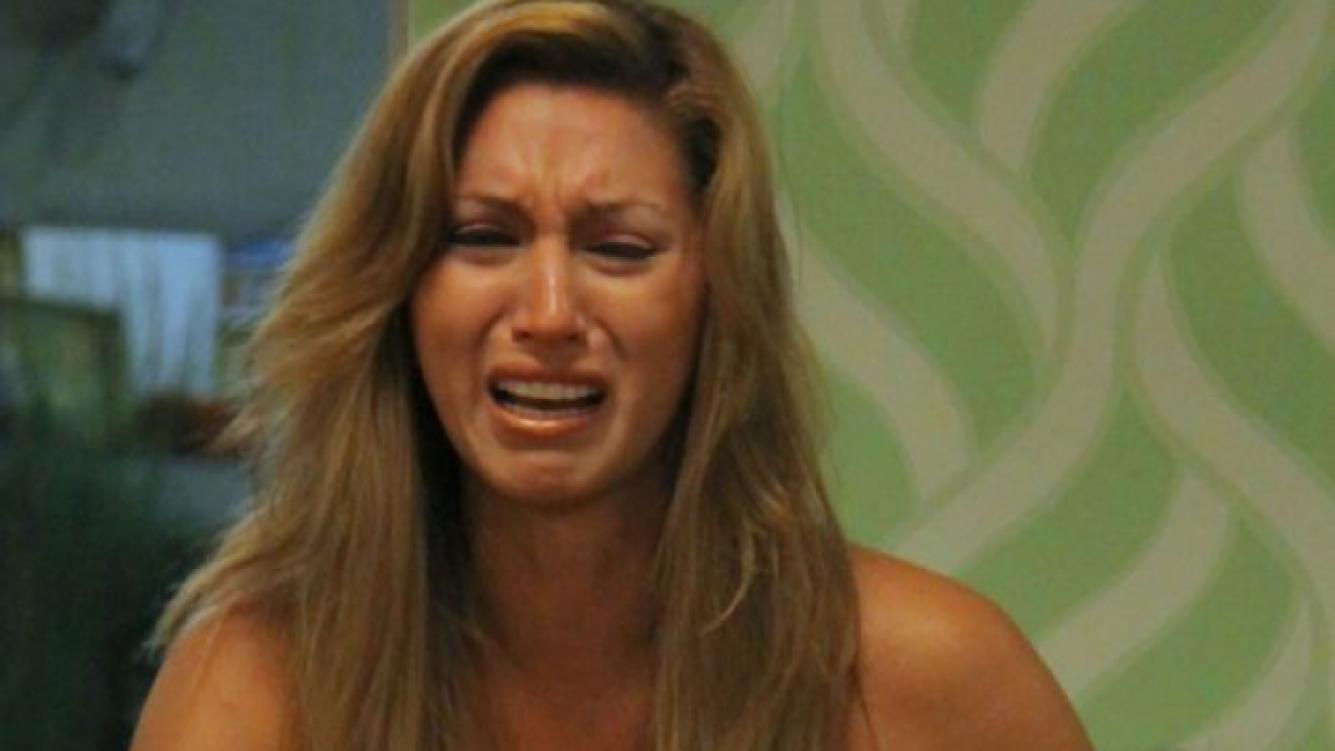 Tamara, angustiada en la casa de GH. (Foto: Telefe)