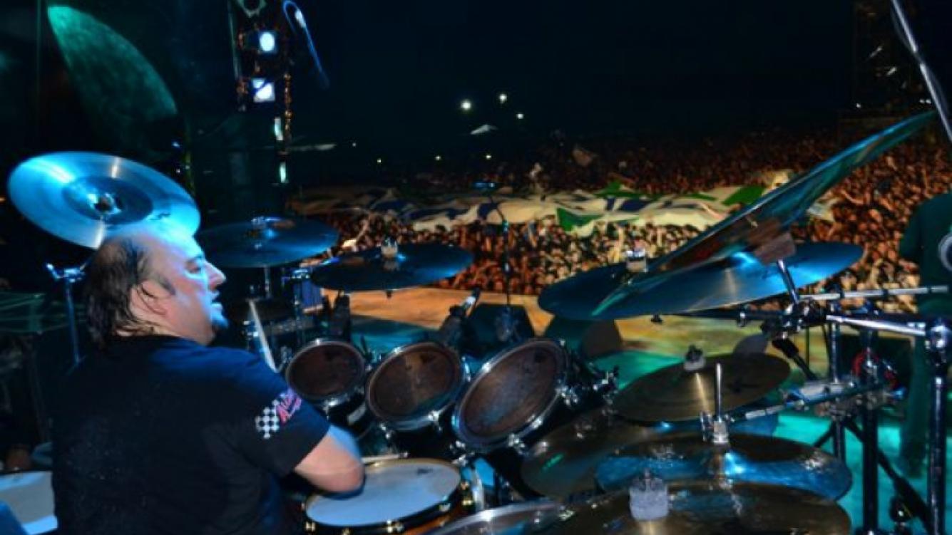 """Jorge """"Tanque"""" Iglesias, baterista. (Foto: www.larenga.com.ar)"""