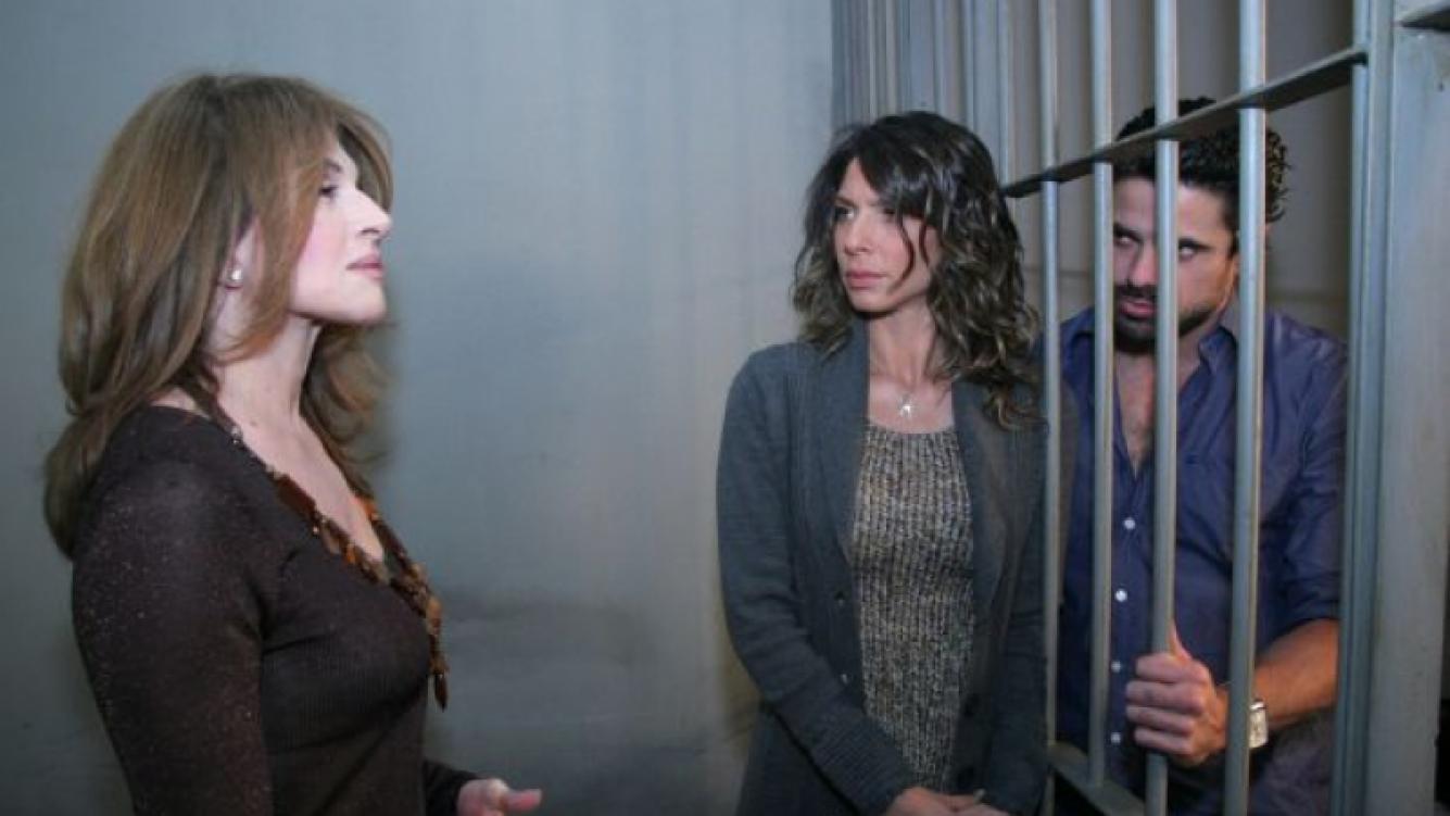 Regina les cuenta la verdad a Antonio y Mercedes. (Foto: El Trece)