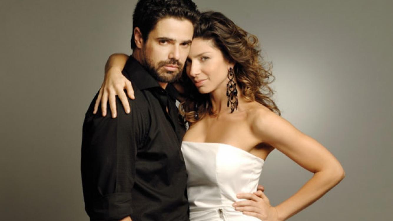 Luciano Castro y Romina Gaetani, protagonistas de Herederos (Foto: El Trece)