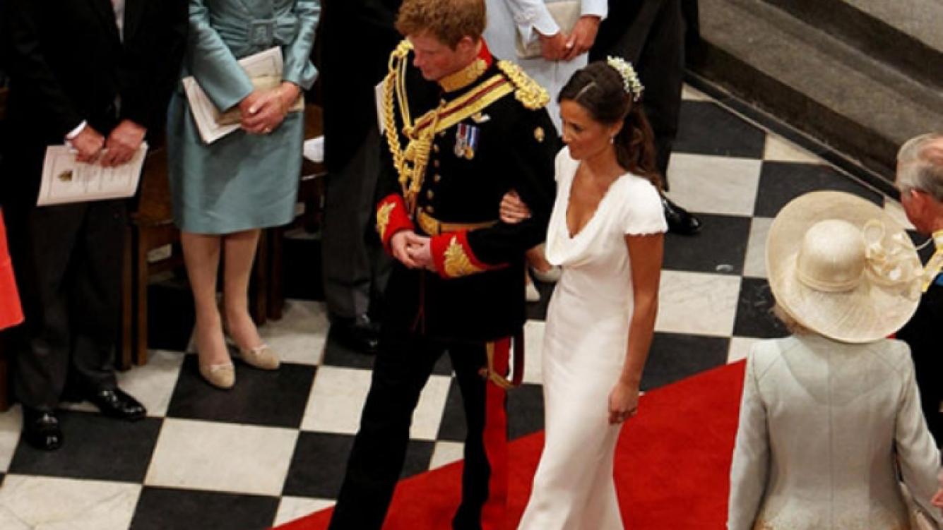 Pippa y Harry en la salida de la Abadía de Westminster.