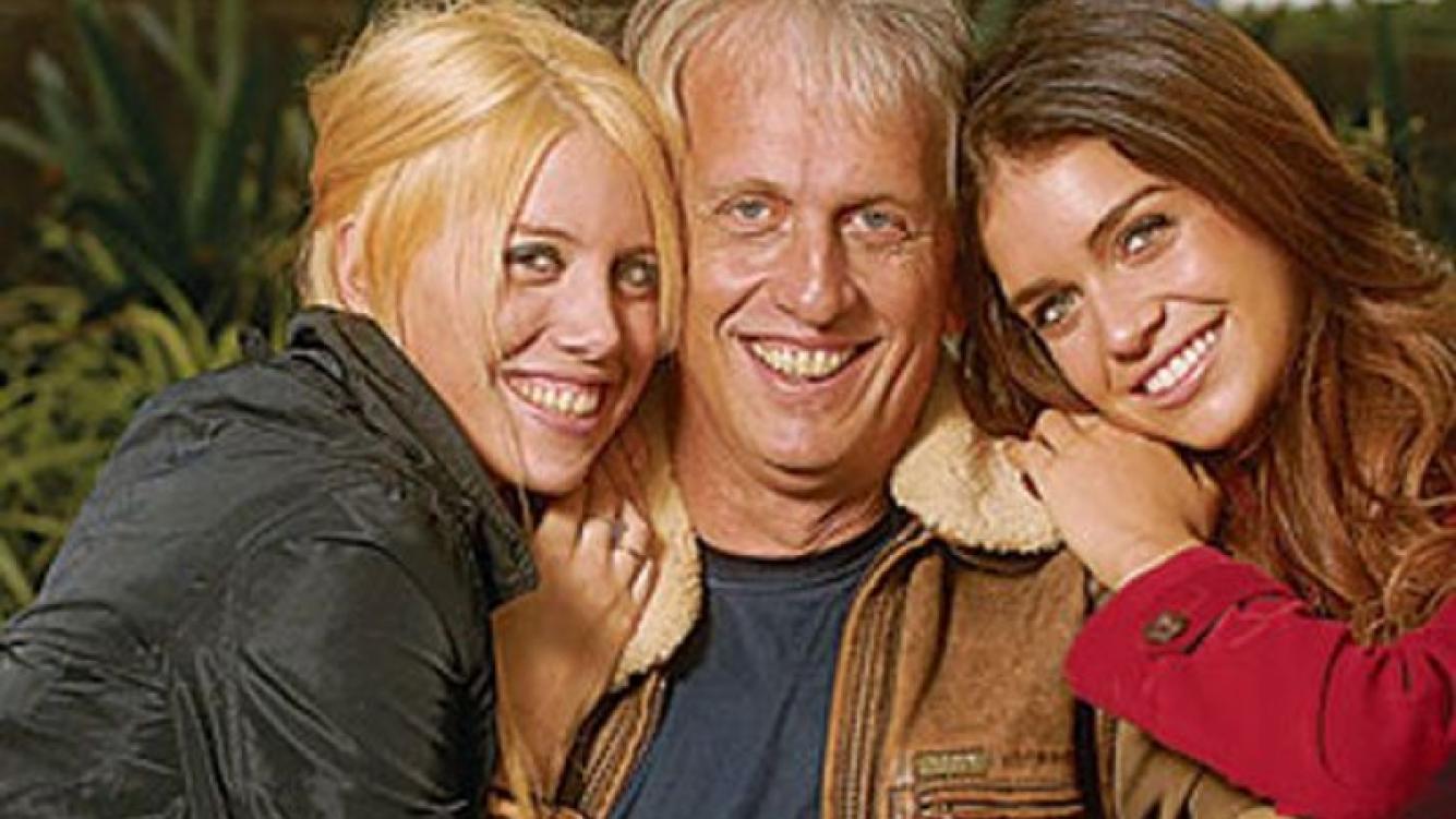 Andrés Nara con sus hijas Wanda y Zaira. (Foto: Web).
