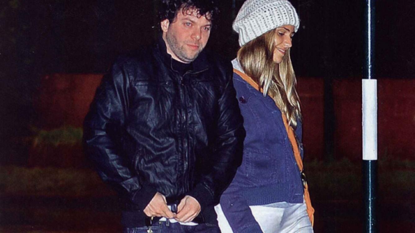 Guido Kaczka y su novia paseando por Las Cañitas. (Foto: revista Caras)