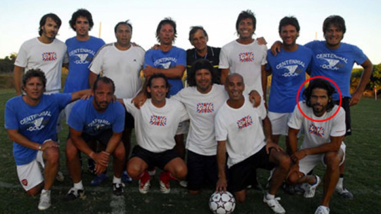 Fede Ribero (círculo), Tinelli, Repetto y amigos, en un partido en La Boyita (Foto: Web)