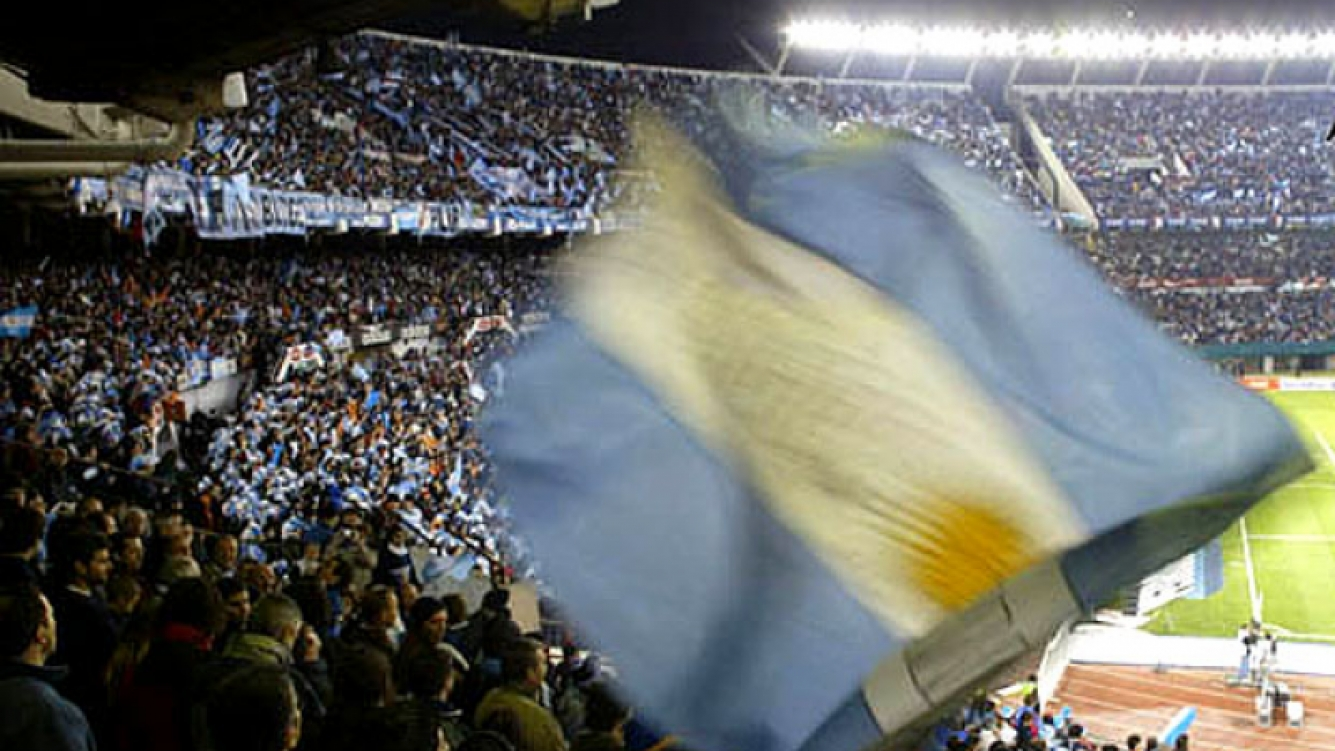 La hinchada argentina se desahogó con la victoria. (Foto: Web)