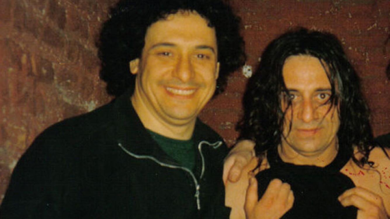 Ricardo Mollo (con algunos kilitos de más) y su hermano Omar. (Foto: Web).