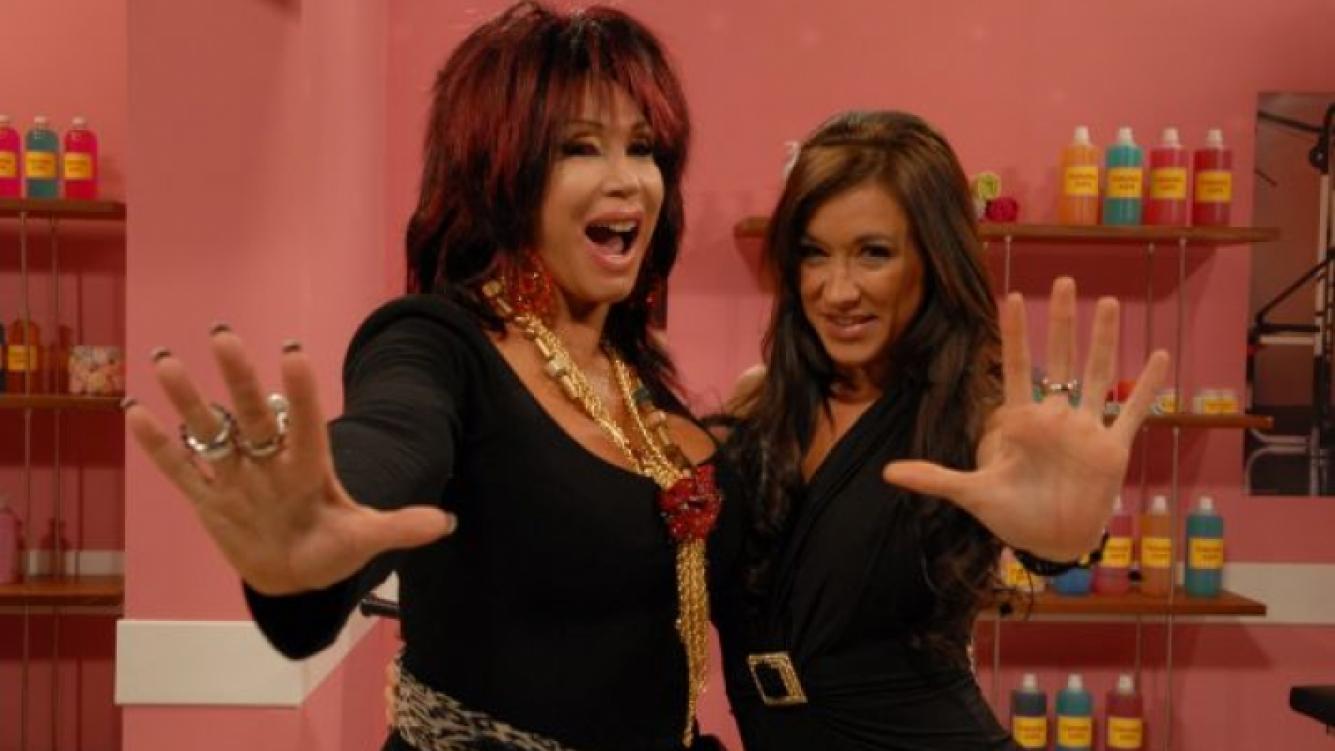 Rita Turdero junto a Valeria Archimó en Esta noche con Moria Casán. (Foto: Prensa Magazine).