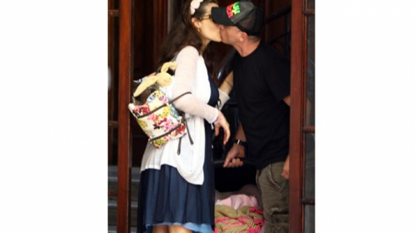 La nena es fruto de la relación que el cantante italiano mantiene la modelo Marica Pellegrini. (Foto:Souther Press)