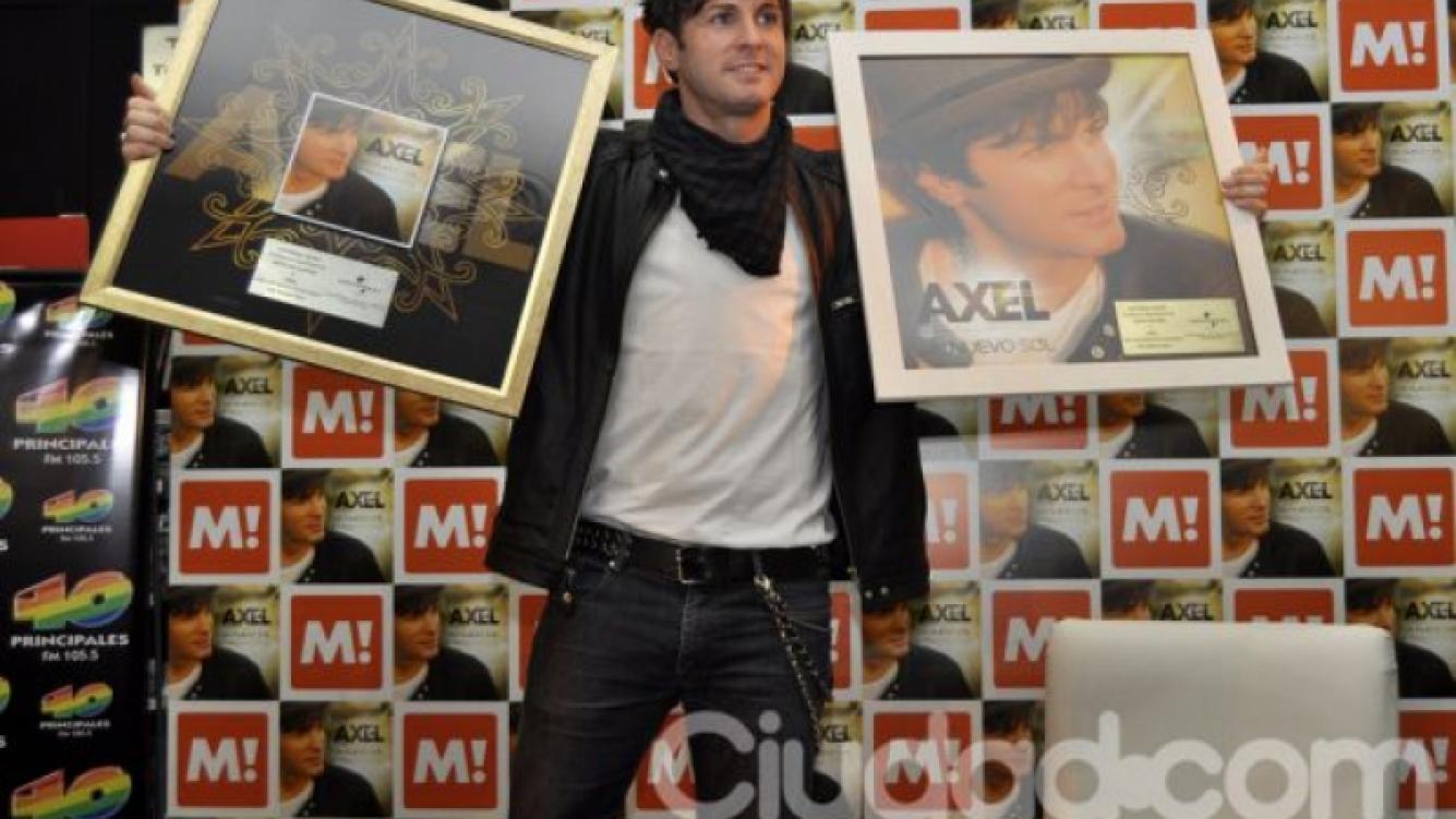 Axel presentó su nuevo disco, Un nuevo sol