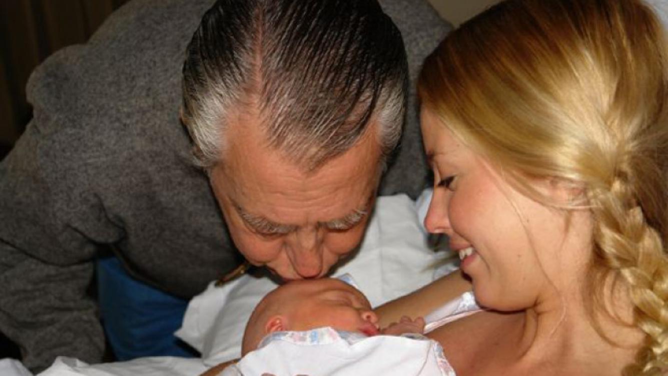 Rocío Guirao Díaz, junto a su padre. (Foto: @rochiguirao)