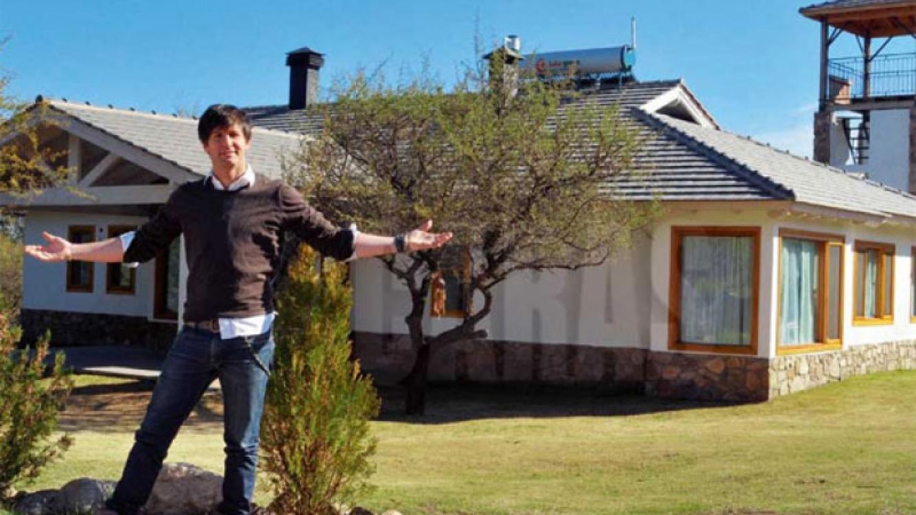La fachada de la casa. (Foto: revista Caras)