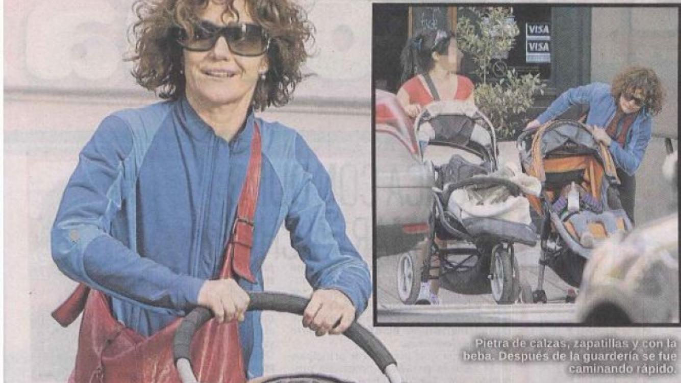 Andrea Pietra pasea a su hija por Palermo (Foto: diario Libre)