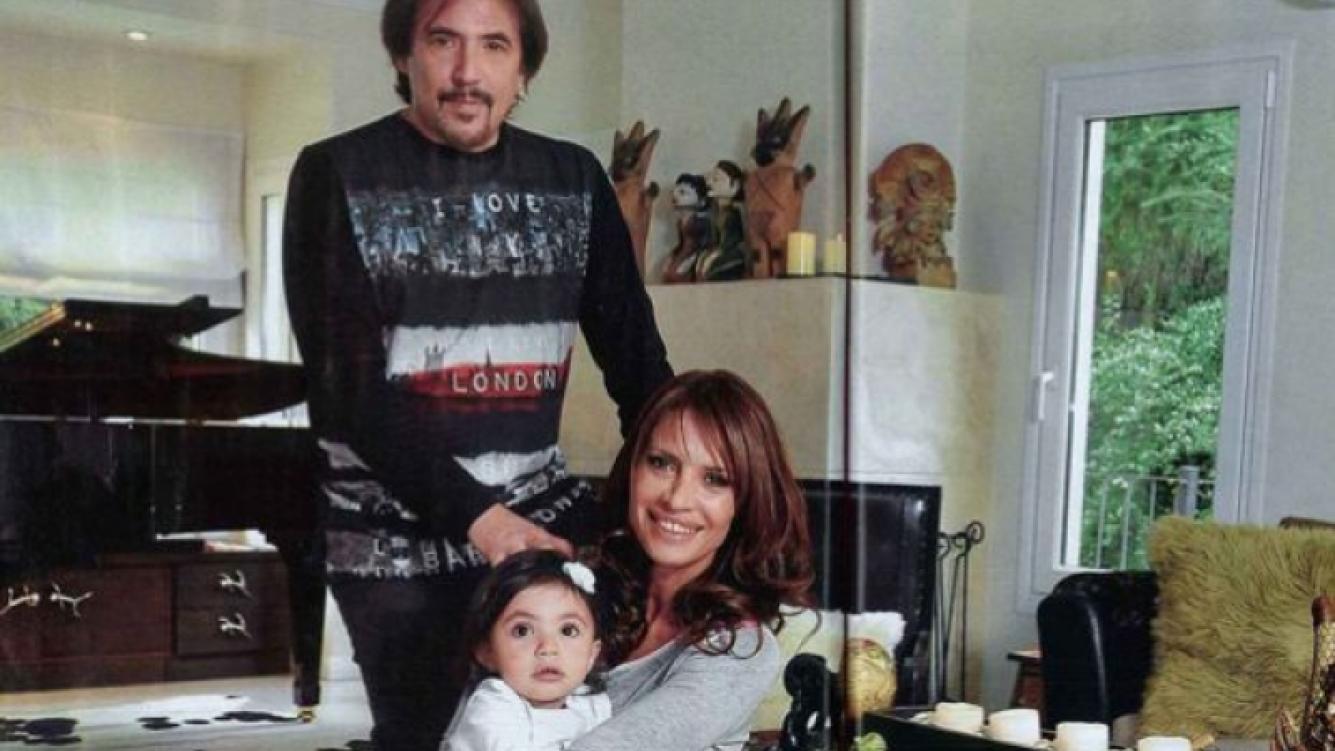 Alejandro Lerner, en familia en el hogar. (Foto: Caras)