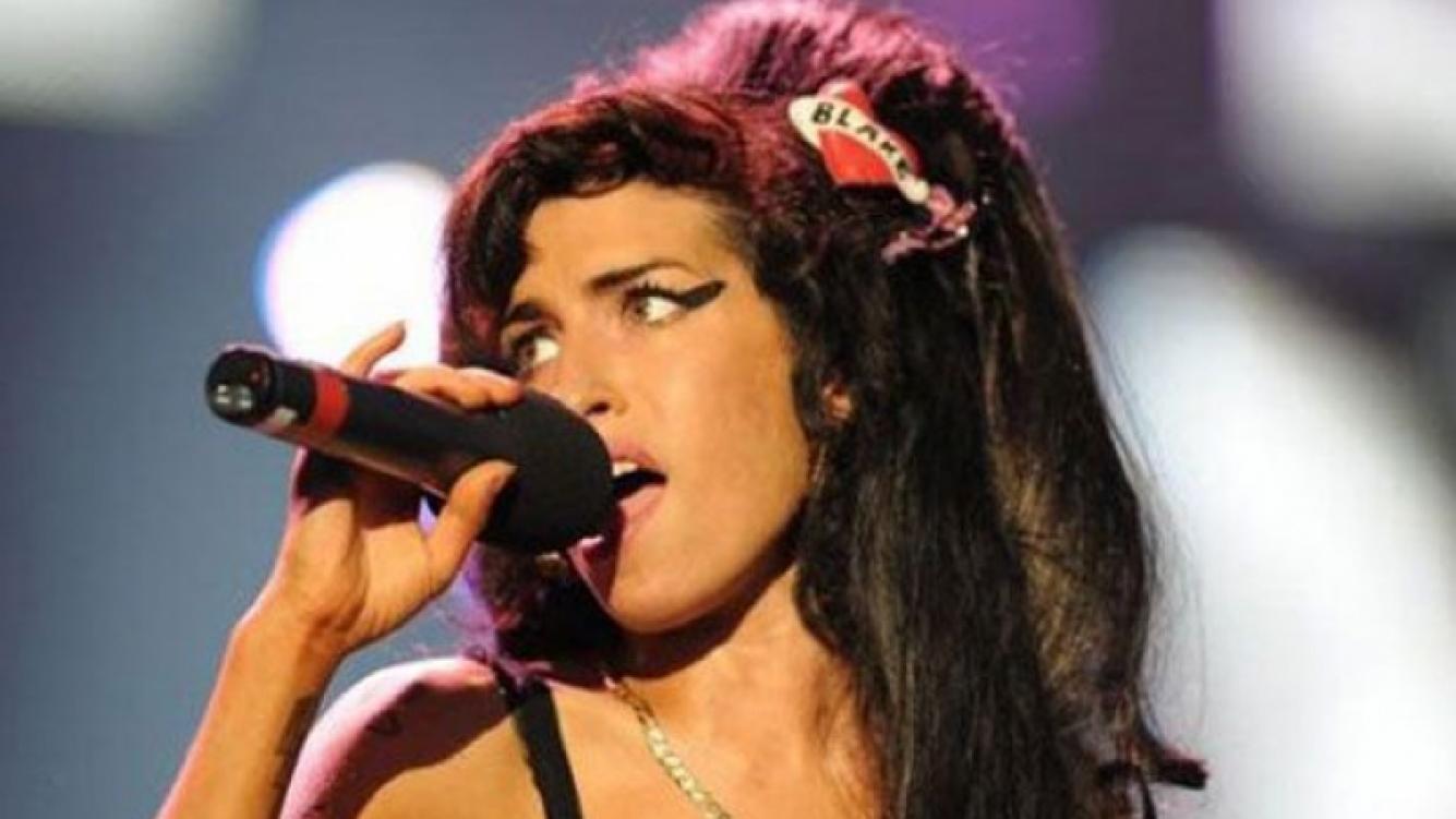 Amy Winehouse y su tema inédito: Our day will come. (Foto: Web)