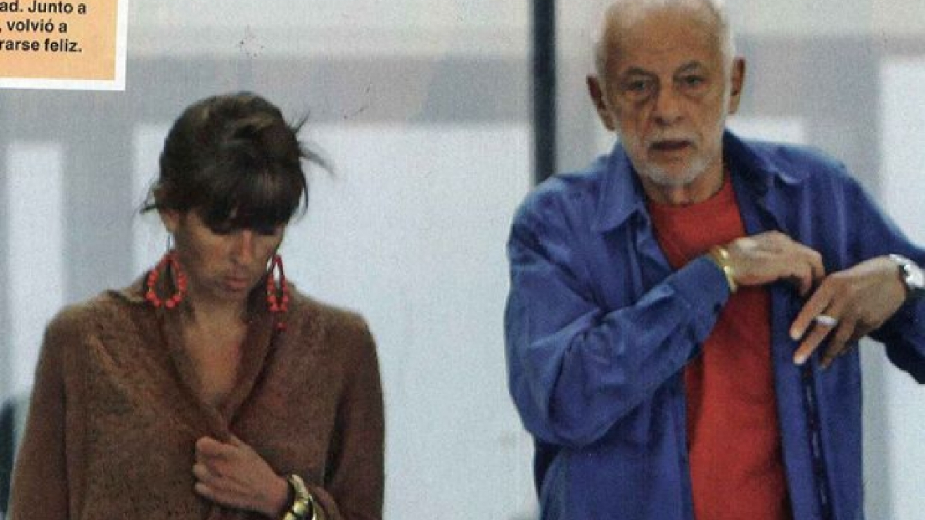 Gerardo Sofovich, acompañado por una abogada de 36 años. (Foto: Caras)
