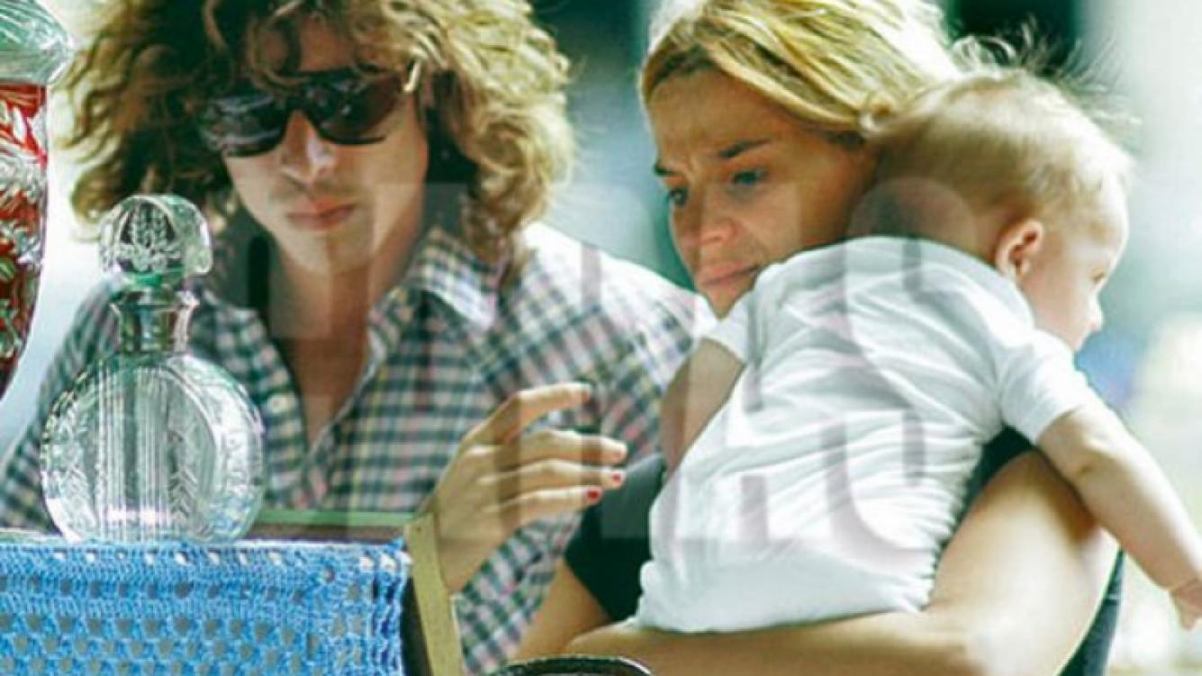 Leticia Brédice y Juan Pablo Sanguinetti, con Indio, en tiempos felices. (Foto: Revista Caras)