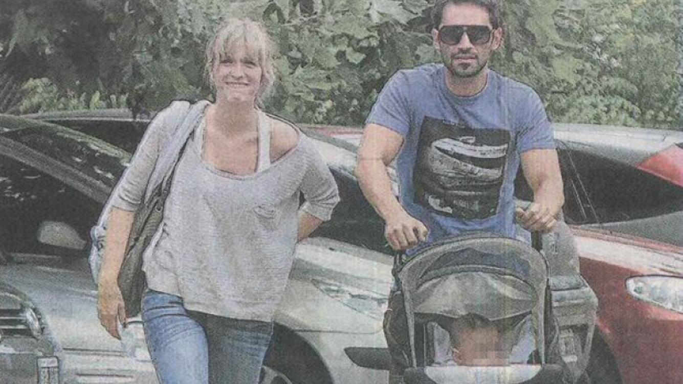 Brenda Gandini y Gonzalo Heredia, de paseo por Tigre con Eloy. (Foto: Libre)