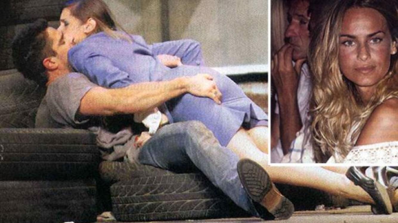 Luciano Castro y Richi, otra escena hot. Sabrina Rojas, lo mira en la platea. (Foto: Pronto)