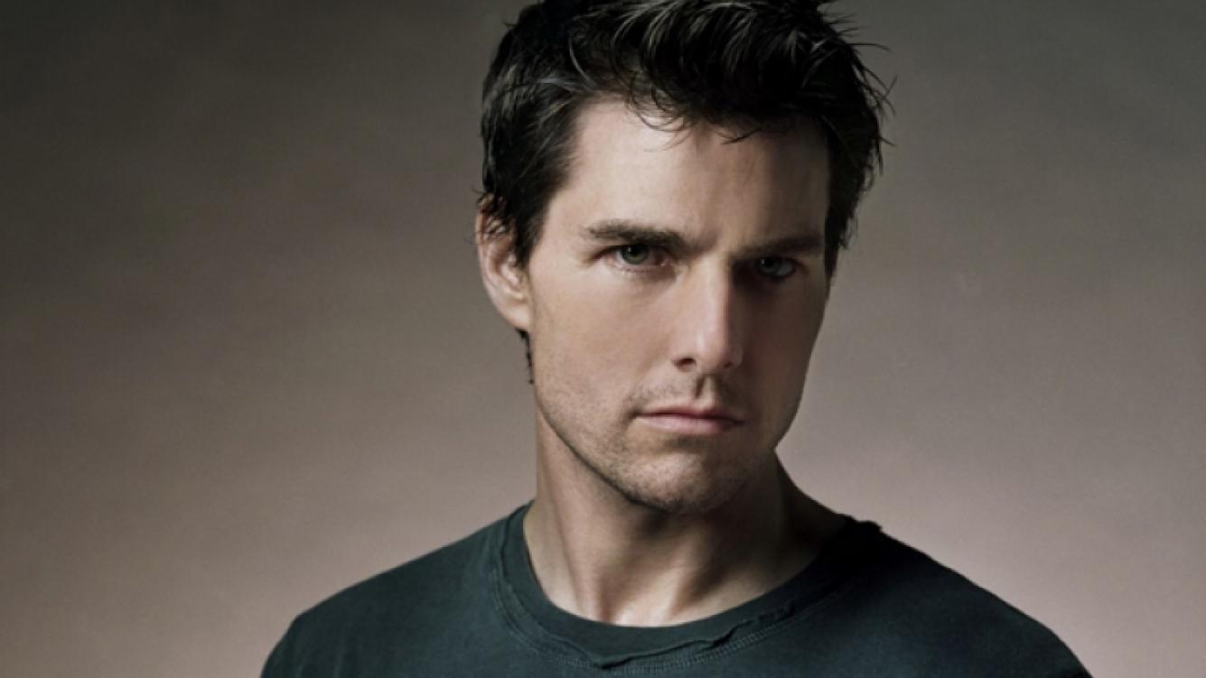 Tom Cruise gastó 100 mil dólares en regalos navideños.