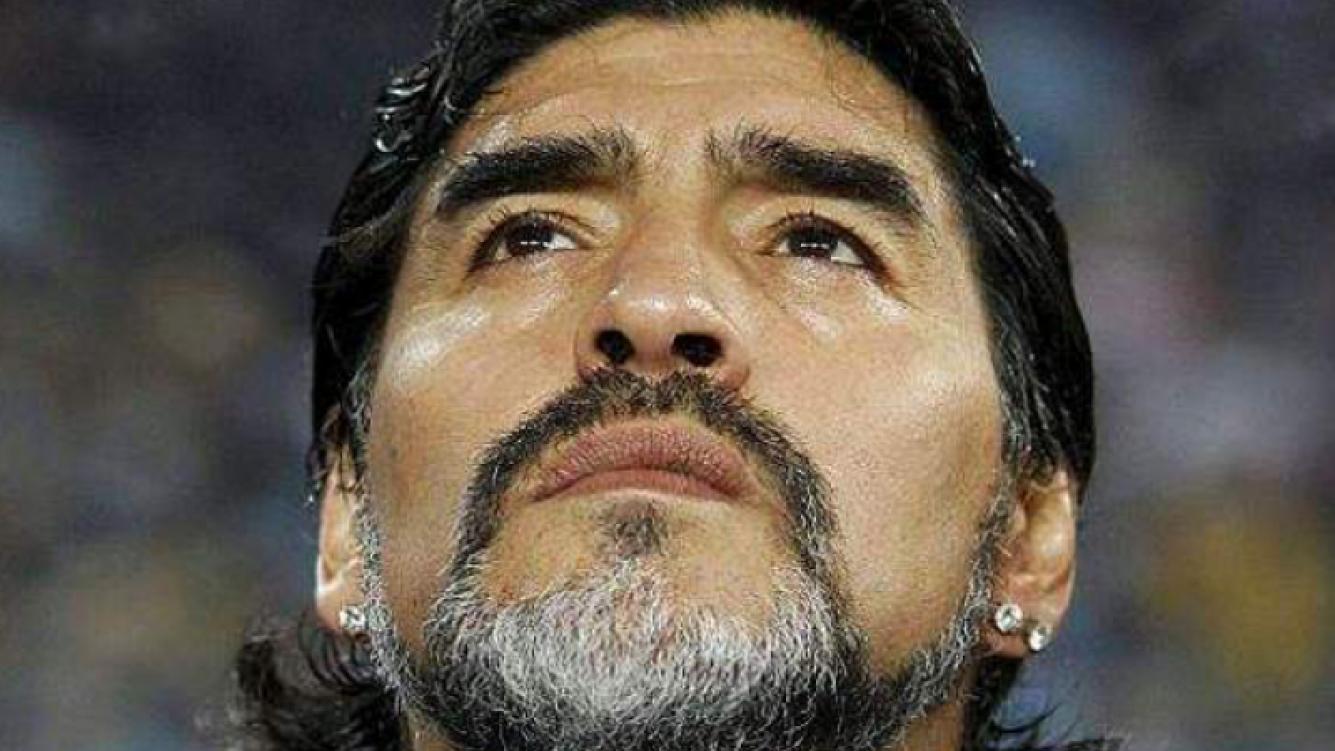 Diego Maradona debió ser internado de urgencia por un cólico renal (Foto: Web).