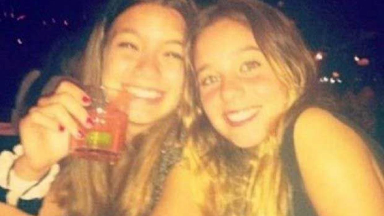 Lucía Celasco, a fin de año, celebrando con una amiga. (Foto: Web)
