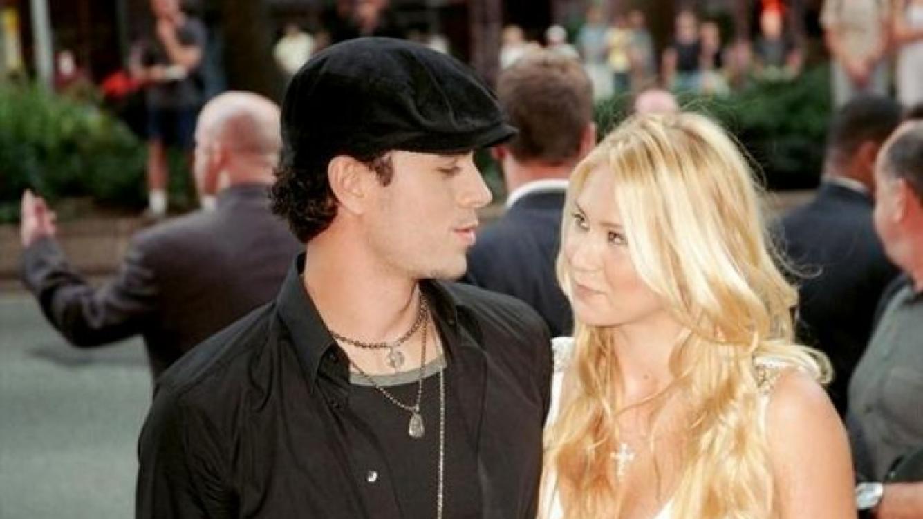 Enrique Iglesias explicó por qué no se quiere casar con Anna Kournikova.