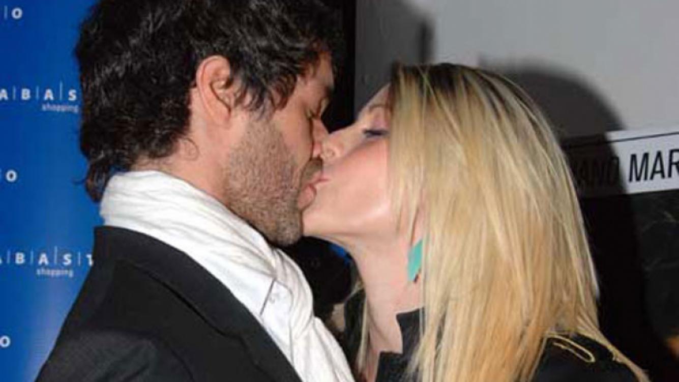 Mariano Martínez y Juliana Giambroni pasaron por el Registro Civil (Foto: Web).