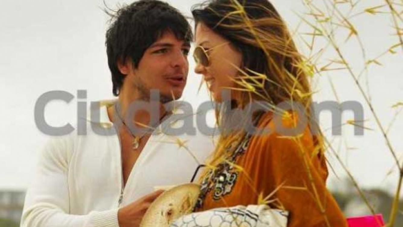Tomás Costantini y Karina Jelinek en el verano de 2011, cuando eran pareja. (Foto: Ciudad)