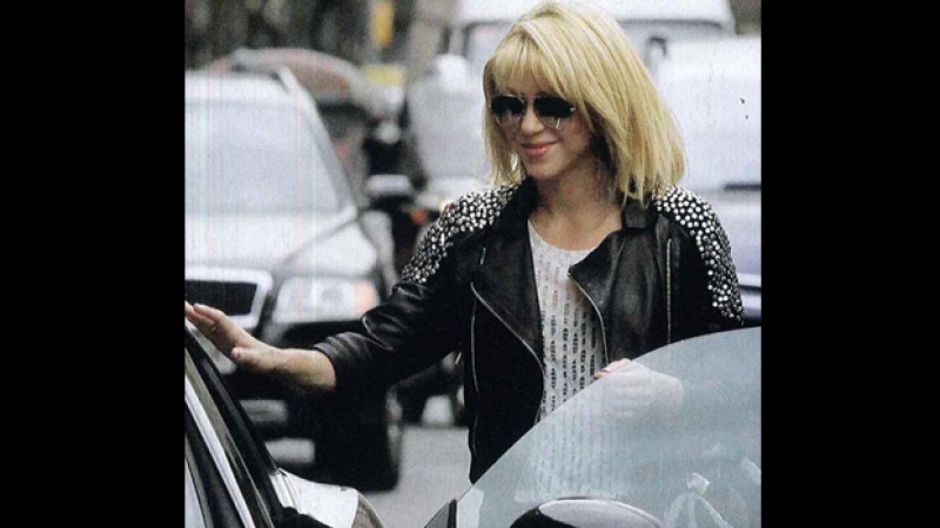 Shakira en Barcelona, con nuevo look. (Foto: Revista ¡Hola! Argentina