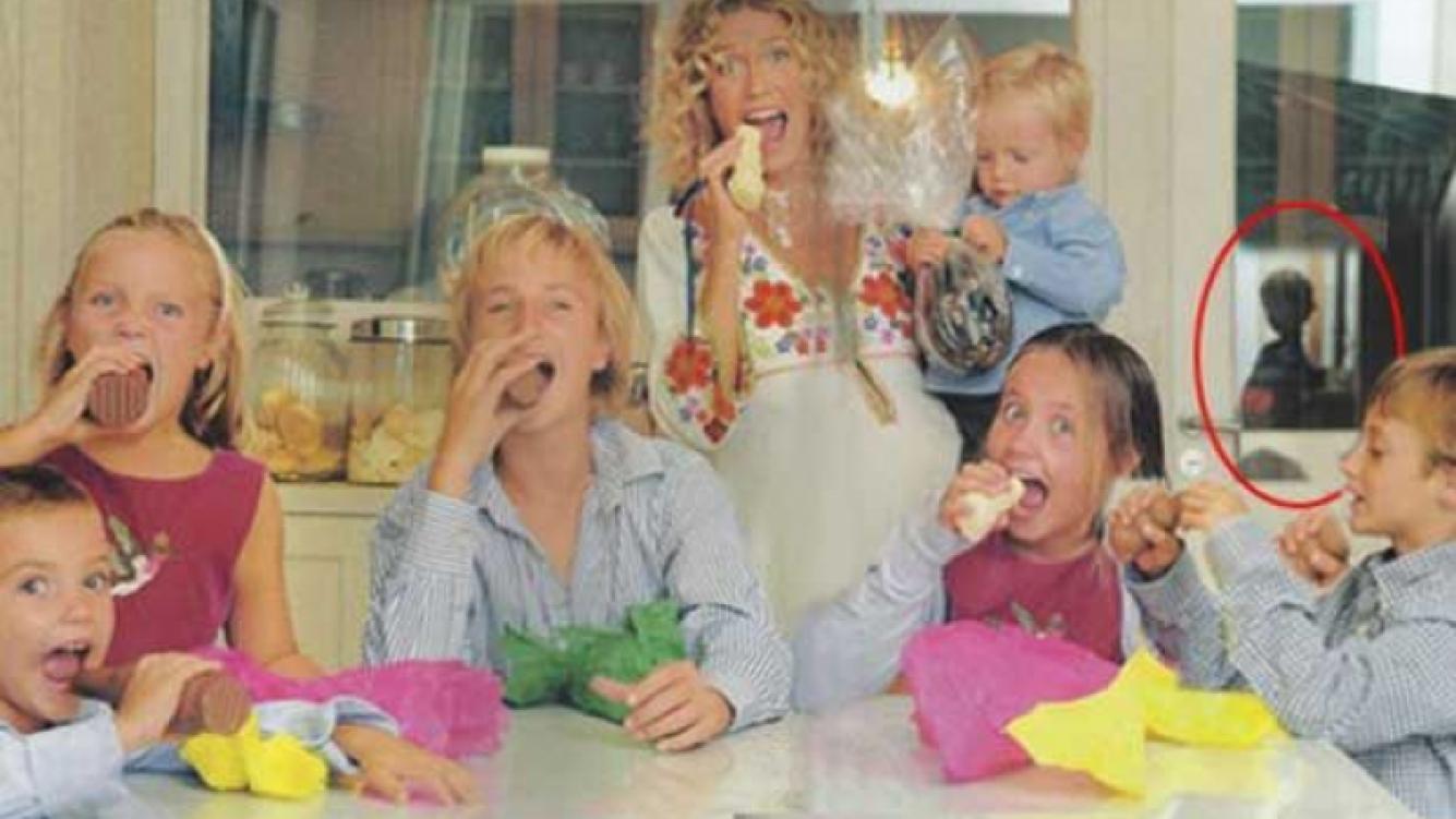 La polémica imagen de Maru Botana y sus hijos. (Foto: revista Caras)