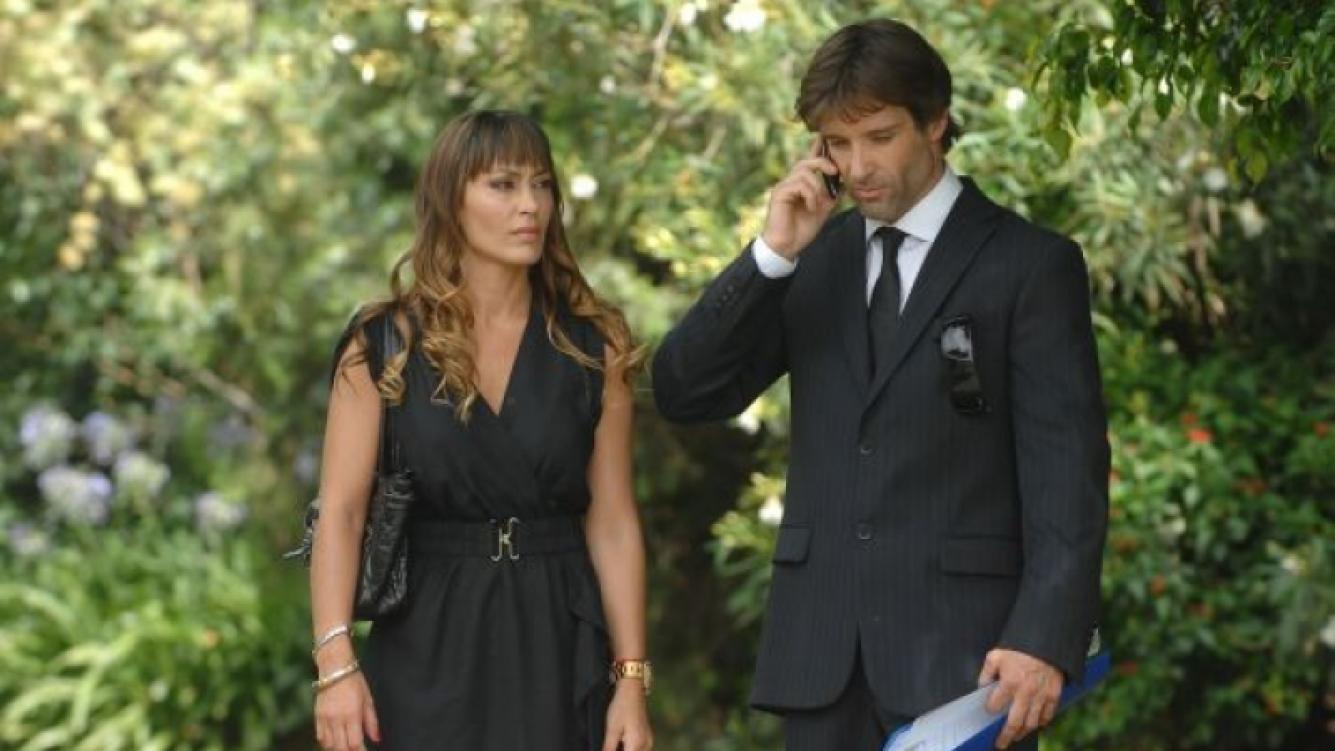 Sol Estevanez y Segundo Cernadas, en una escena de Dulce amor. (Foto: Web)