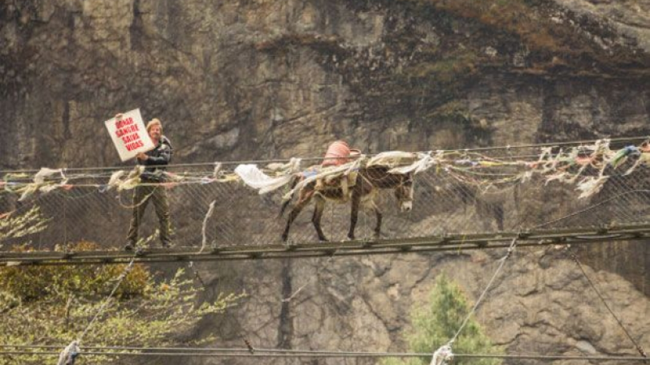 La increíble aventura de Facundo Arana en Nepal. (Foto: Twitter F. Arana)