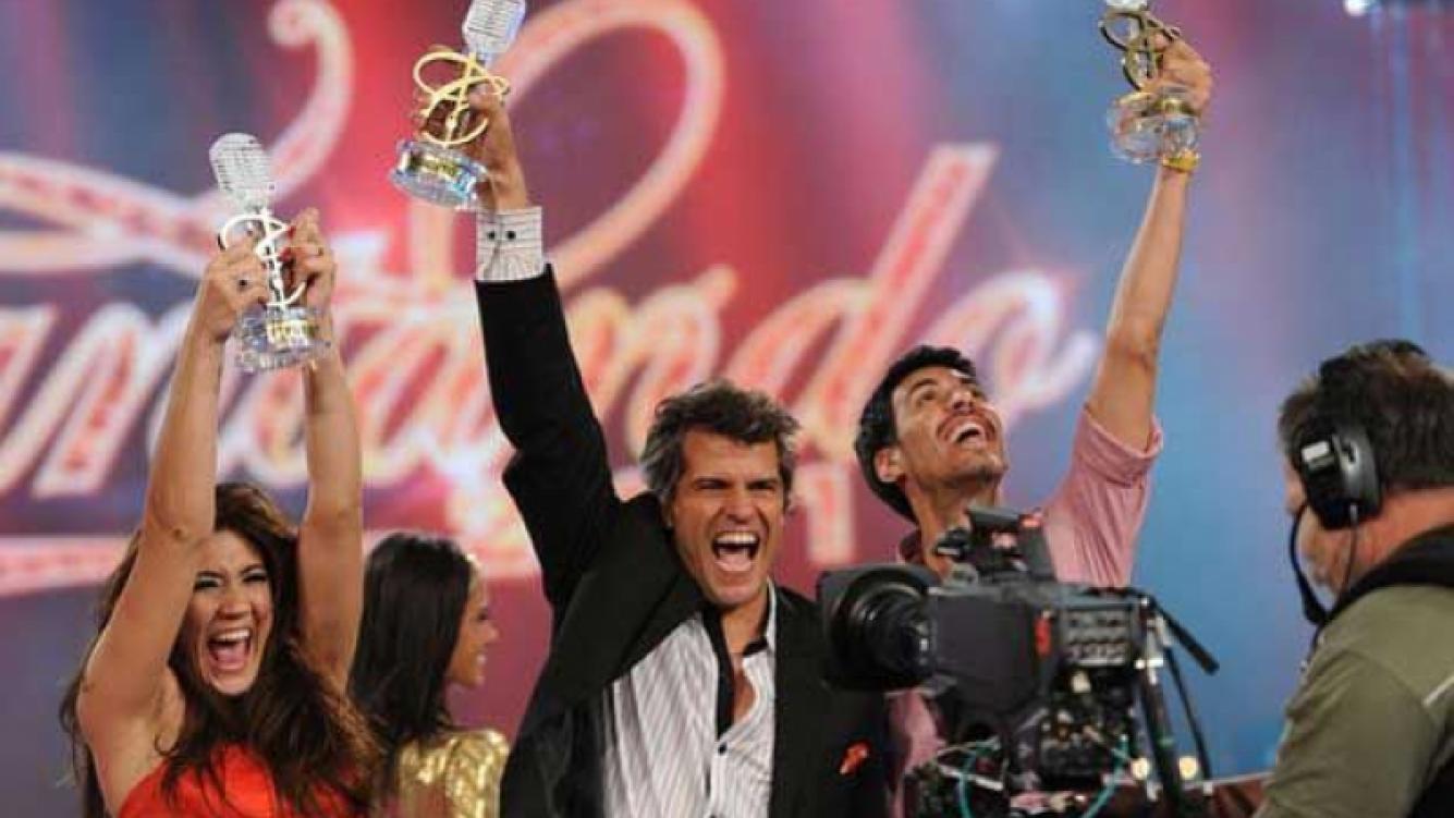 """Patricio Giménez deberá defender su título de """"campeón"""" en Cantando 2012."""