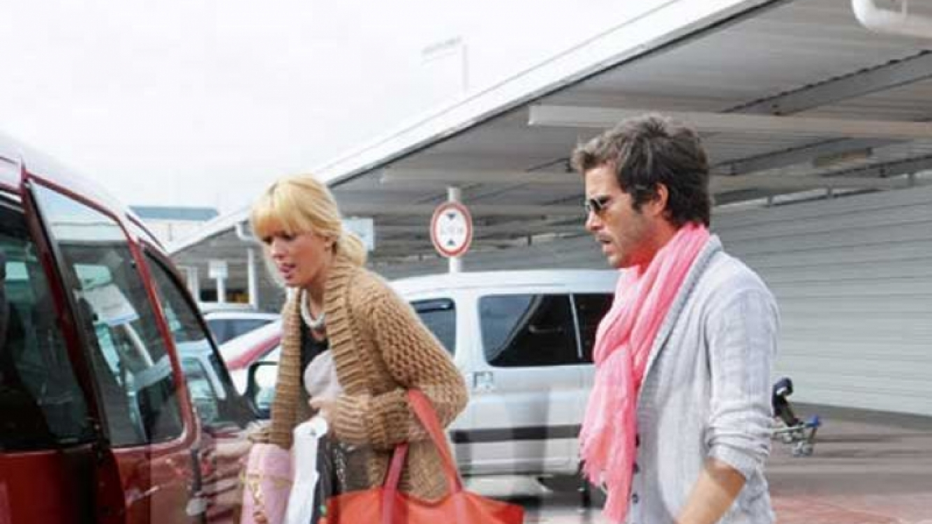 Nicolás Cabré, irreconocible con su nuevo look. (Fotos: Revista Caras)