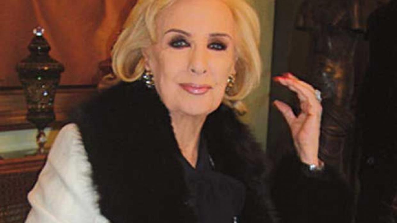 Mirtha Legrand posó para Gabriel Machado en las fotos de la revista Para Ti.