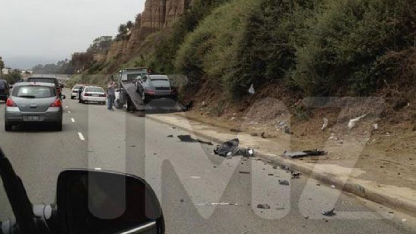 Lindsay Lohan fue hospitalizada al chocar contra un camión. (Foto: TMZ.com)