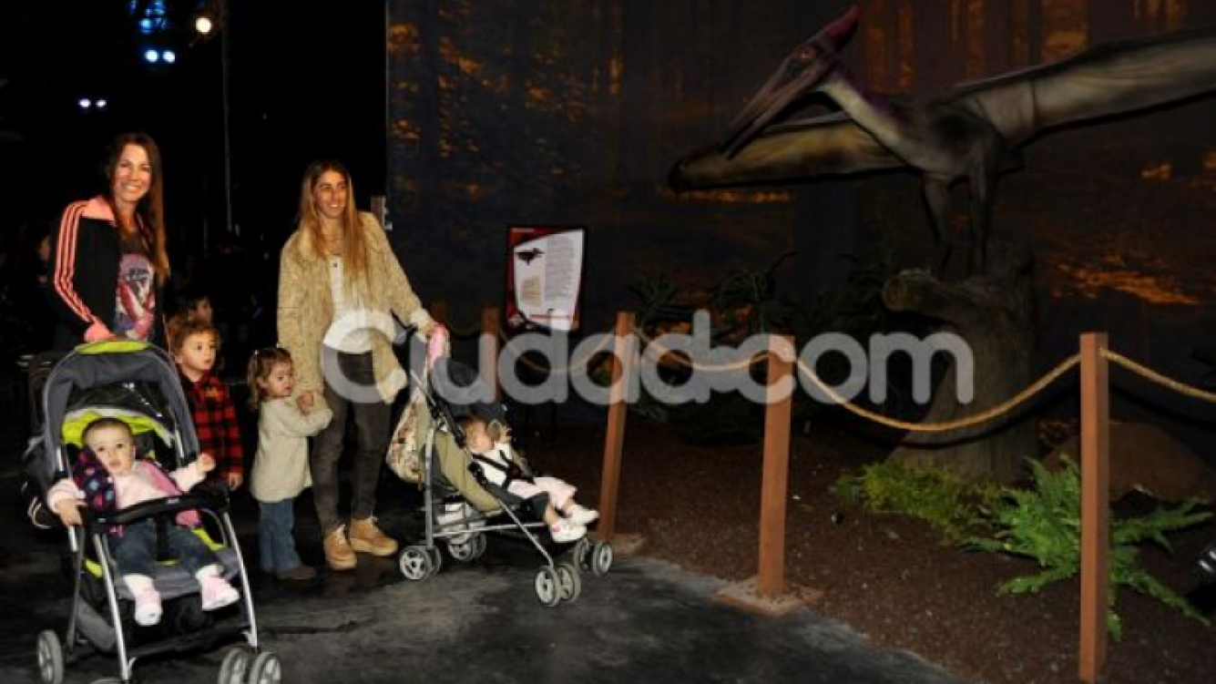 Las vacaciones de invierno de los famosos y sus hijos en Mundo Jurásico. (Foto: Jenifer Rubio para Ciudad.com)